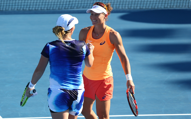 (Video) Australian Open 2015: FRIENDLY FIRE! Sam Stosur nails doubles partner Svetlana Kuznetsova in the head with big serve
