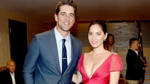 Breaking news: Green Bay Packers QB Aaron Rodgers wins second MVP of career