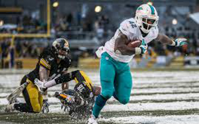 Buffalo Bills interested in Miami Dolphins free-agent tight end