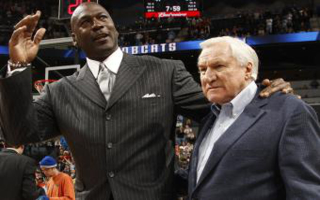 (Images) Michael Jordan, Barack Obama & host of sporting icons respond to Dean Smith's passing