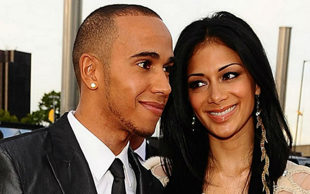 Popstar Nicole Scherzinger breaks up with F1 star Lewis Hamilton