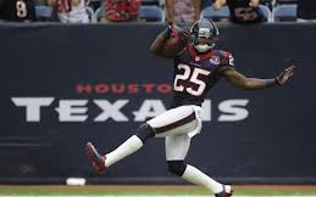 Houston Texans re-sign CB Kareem Jackson to four-year deal before he hits market