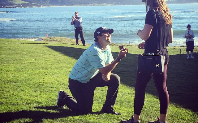 (Video) Aww! Golfer Mark Hubbard proposes during PGA Tour