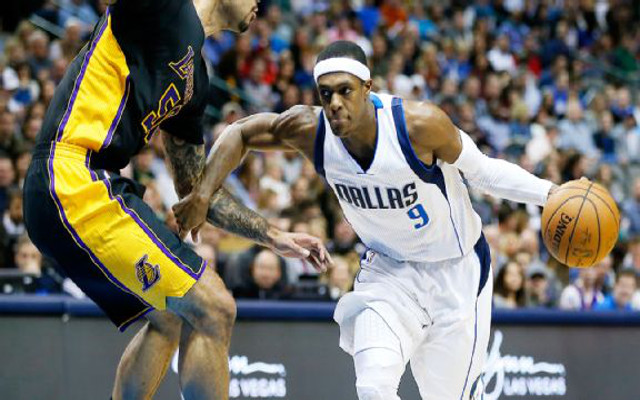 Rajon Rondo suspended after reports of second argument with Dallas Mavericks coach Rick Carlisle