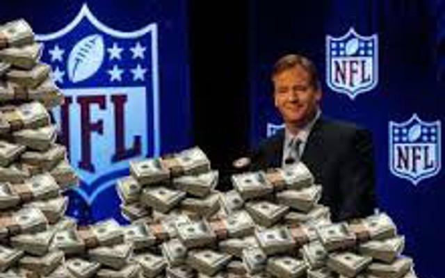 The amount of money Roger Goodell made in 2013 is insane