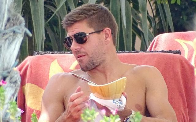 (Image) Steven Gerrard LA Galaxy shirts up for sale & squad number revealed