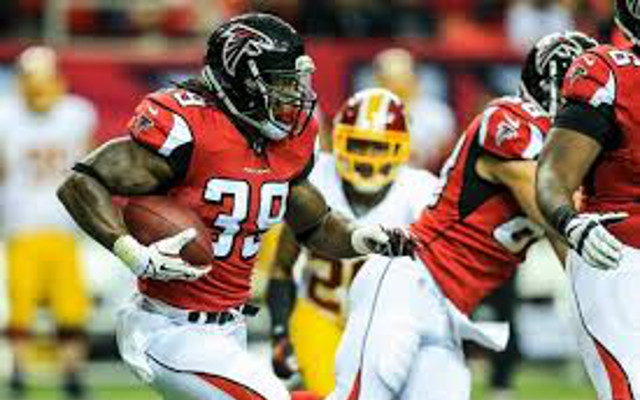 Atlanta Falcons release two key offensive players