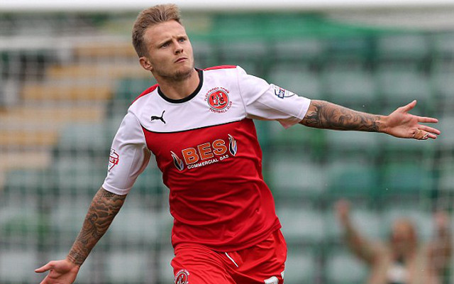 (Video) Fleetwood Town's David Ball scores unbelievable chip from outside the box