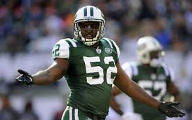 New York Jets re-sign veteran LB David Harris to three-year contract