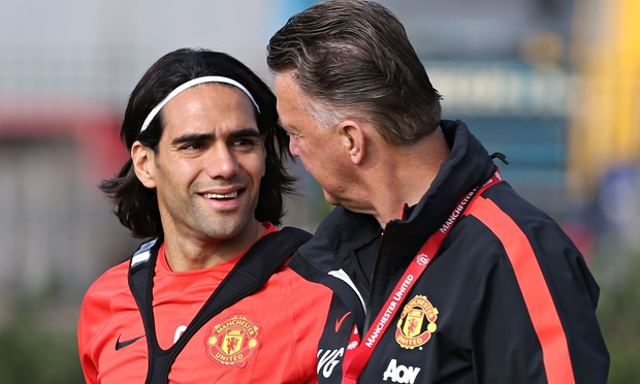 Manchester United's Falcao close to exit but top replacement unsure over Old Trafford move