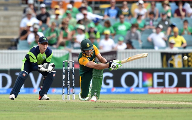 (Video) Brilliant: Massive 90 metre six by South Africa star Francois du Plessis caught by fan!