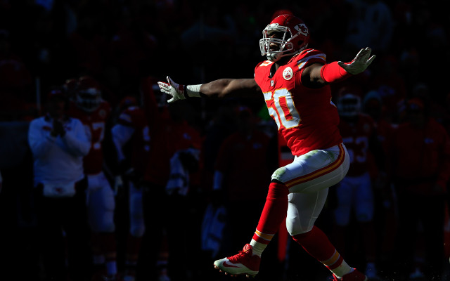 Kansas City Chiefs slap franchise tag on OLB Justin Houston