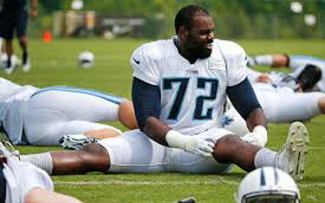 Carolina Panthers upgrade blind side by signing Michael Oher to two-year deal