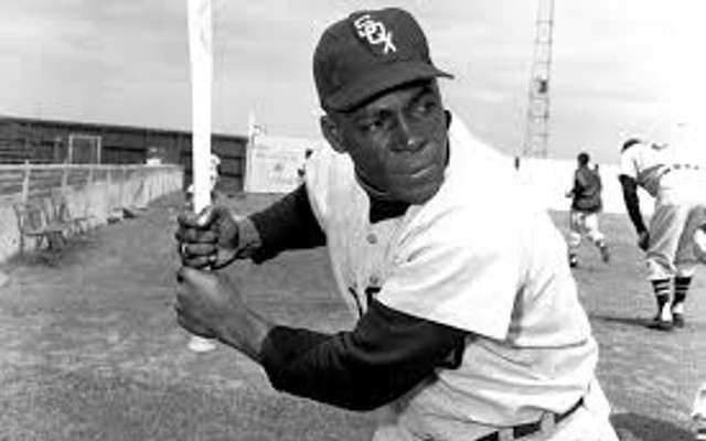 MLB news: First black baseball player to play in Chicago dies at age 90