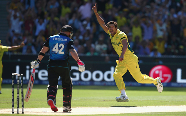 (Video) Australia v New Zealand: Wicket – Mitchell Starc clean bowls Brendon McCullum for a duck