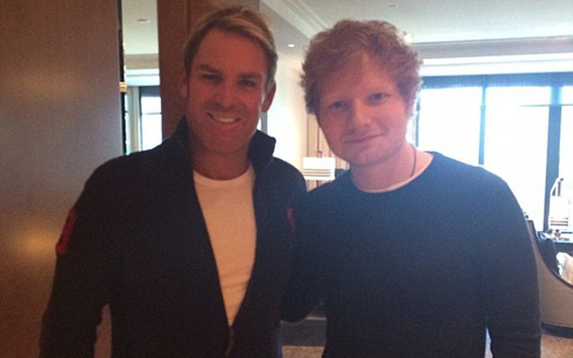 Buddies Ed Sheeran & Shane Warne meet up at Melbourne gig