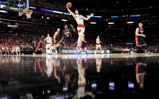(Video) NCAA March Madness 2015: Frank Kaminsky leads Wisconsin back to Final Four with 85-78 win over Arizona
