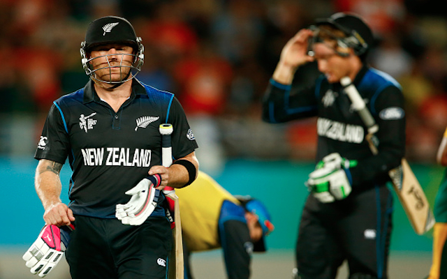 (Video) New Zealand v South Africa: BIG WICKETS! Brendon McCullum & Kane Williamson both gone!