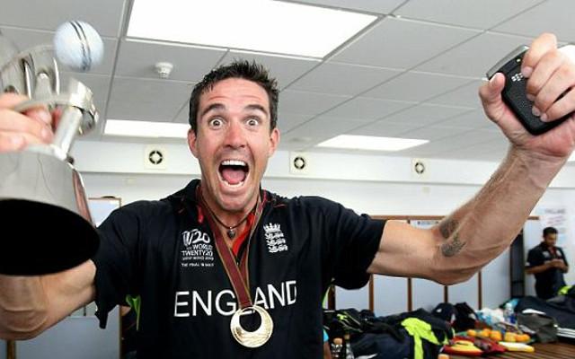 Kevin Pietersen slams Graham Gooch for England comments