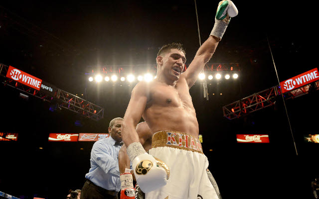 (Video) Boxing news: Amir Khan calls out Floyd Mayweather after latest win