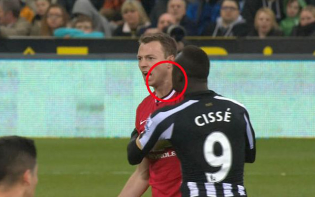 (Video) Newcastle United 0-1 Manchester United: Jonny Evans and Papiss Cisse 'spit-gate' controversy