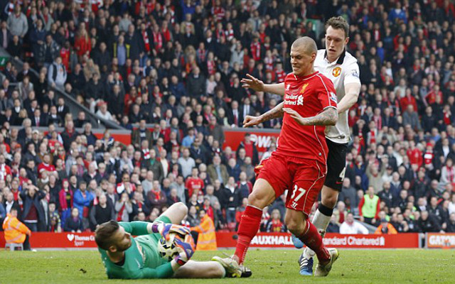 Liverpool's Martin Skrtel denies De Gea stamp from Manchester United match