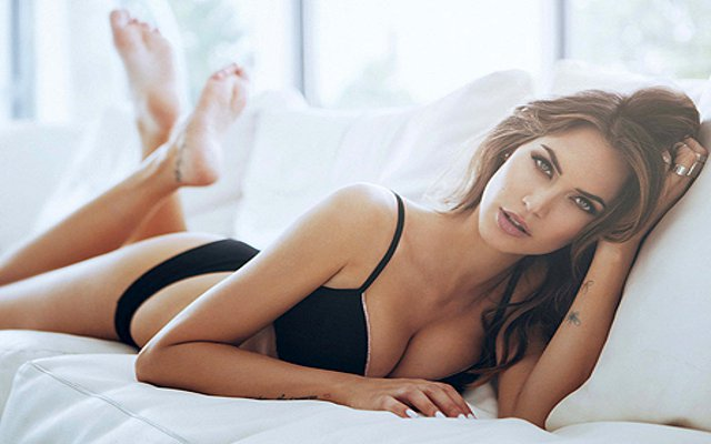 (Image gallery) Kevin Prince-Boateng's girlfriend Melissa Satta is a smoking hottie in stunning underwear shoot!