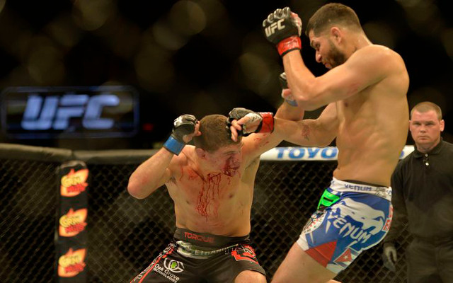 """(Video) UFC fighter Al Iaquinta yells """"F*** you"""" at booing fans after winning controversial split decision"""