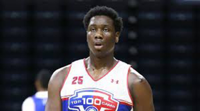 Star recruit Caleb Swanigan commits to Michigan State