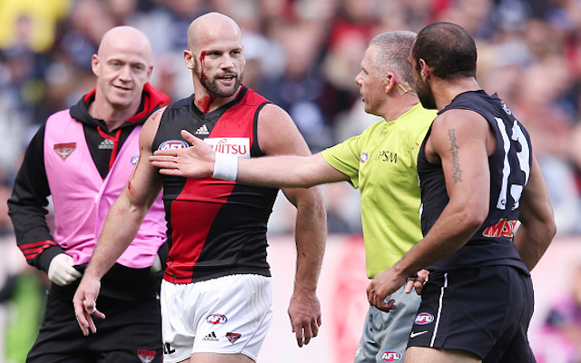 (Video) Carlton star Chris Yarran to face tribunal over wild punch on Paul Chapman