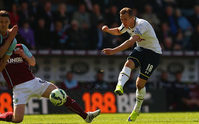 """""""NONSENSE!"""" Man United dismiss rumours of HUGE bid for 31-goal striker"""