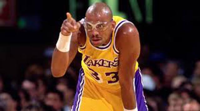 NBA legend Kareem Abdul-Jabbar has quadruple bypass surgery