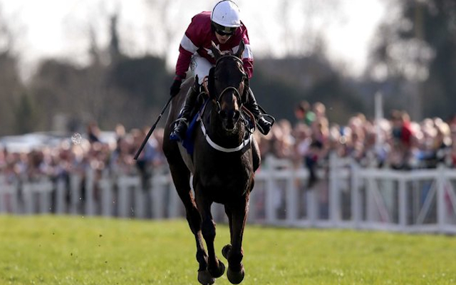 (Video) Katie Walsh wins chaotic Irish Grand National aboard Thunder and Roses