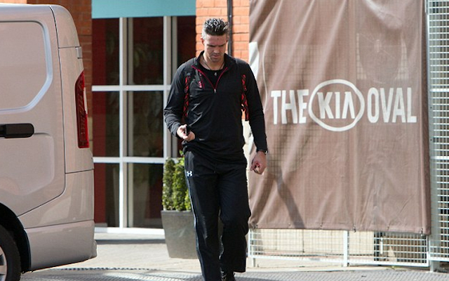 (Images) Exiled England batsman Kevin Pietersen trains with Surrey for first time