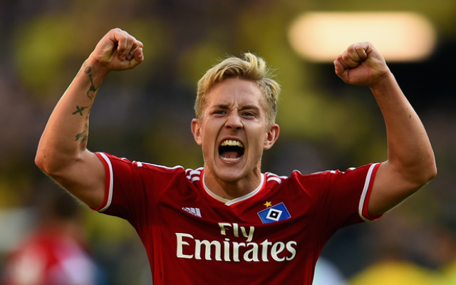 (Video) Former Tottenham star Lewis Holtby goes nuts in epic passionate rant at Hamburg fans