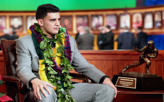 Marcus Mariota to stay home with family in Hawaii for NFL draft