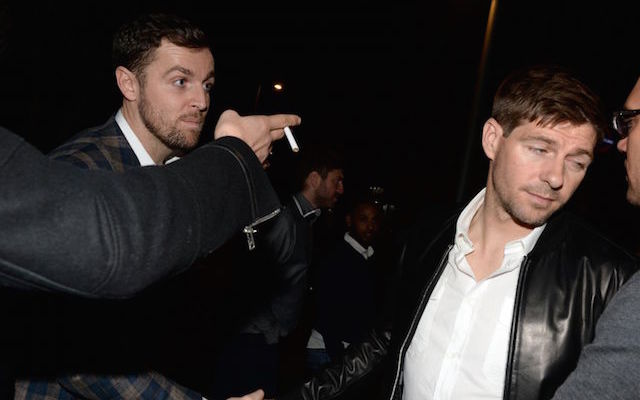 (Image Gallery) Steven Gerrard drowns Liverpool FA Cup sorrows in London bar