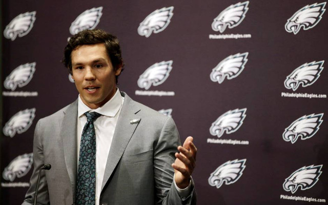 Cleveland Browns reportedly think they'll get Sam Bradford in pre-draft trade with Philadelphia Eagles