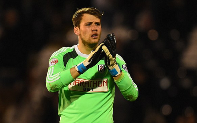 Chelsea keen to sign goalkeeper from fierce local rivals