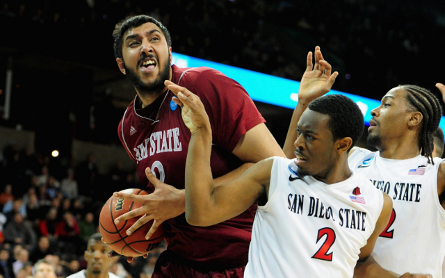 Sim Bhullar to sign with Sacramento Kings and become first Indian player in the NBA