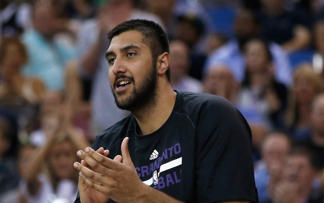 (Video) Sim Bhullar hits historic first NBA basket for Sacramento Kings