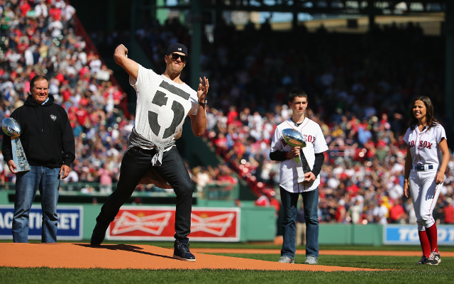 (Video) New England Patriots QB Tom Brady throws first pitch for Boston Red Sox