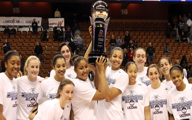 UConn women's basketball team beats Notre Dame to win 3rd consecutive NCAA Championship