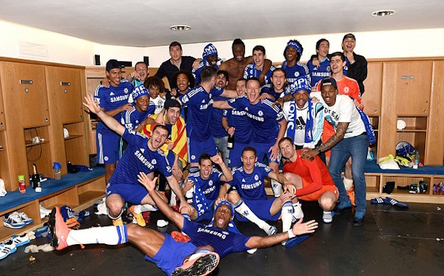 (Images) Chelsea stars past and present share title victory pictures on Instagram