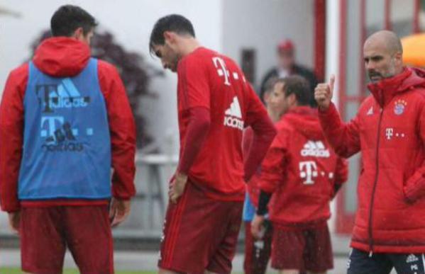 (Video) Jerome Boateng and Robert Lewandowski fight in Bayern Munich training