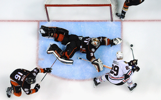 NHL Playoffs 2015: Anaheim Ducks open Western Conference Finals with 4-1 win over Chicago Blackhawks