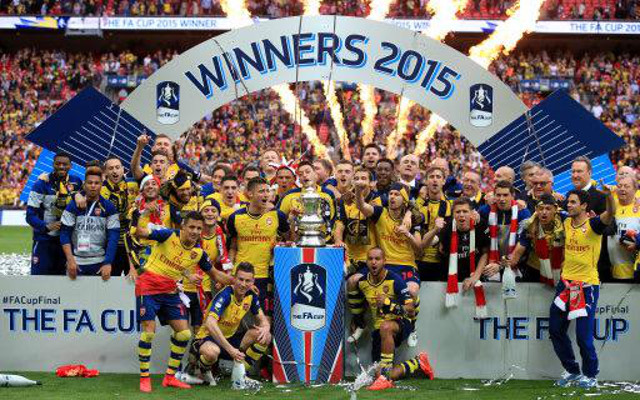 (Images) Arsenal celebrates their smashing FA Cup Final victory over Aston Villa