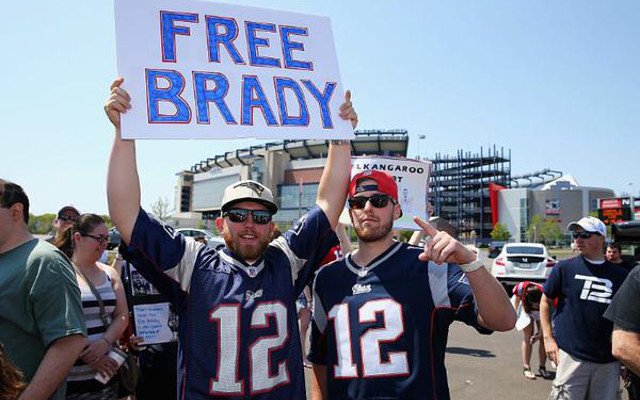 "New England Patriots fans join together for ""Free Tom Brady"" rally"