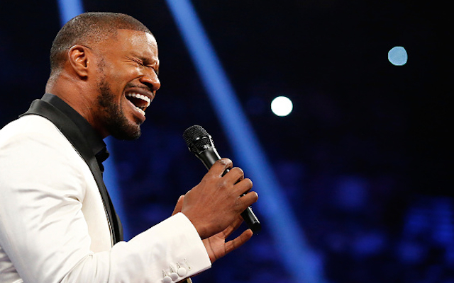 Jamie Foxx responds to fierce criticism after butchering Mayweather v Pacquiao national anthem
