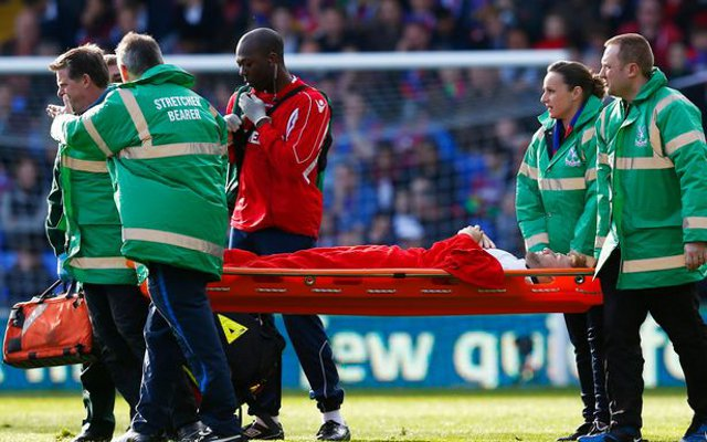 Luke Shaw injury: Man United left-back leaves Crystal Palace game groggy & bloody after clash with Yannick Bolasie